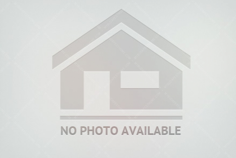 House for sale in Zsgimondy Wilmos Street
